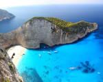 Milos: una perla greca del Mediterraneo!