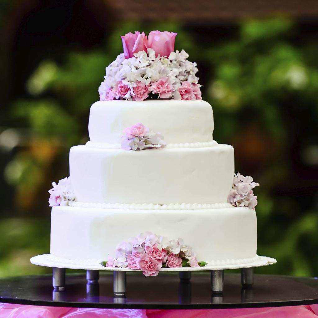 volver viaggi la tradizione della torta nuziale e le sue